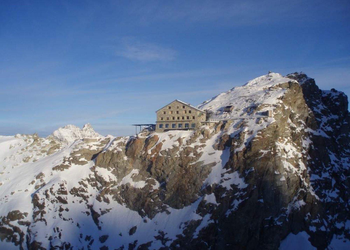 Find a mountain hut