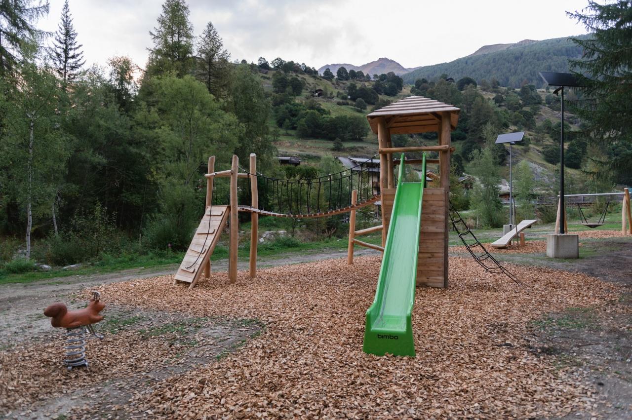 Playground - Haudères