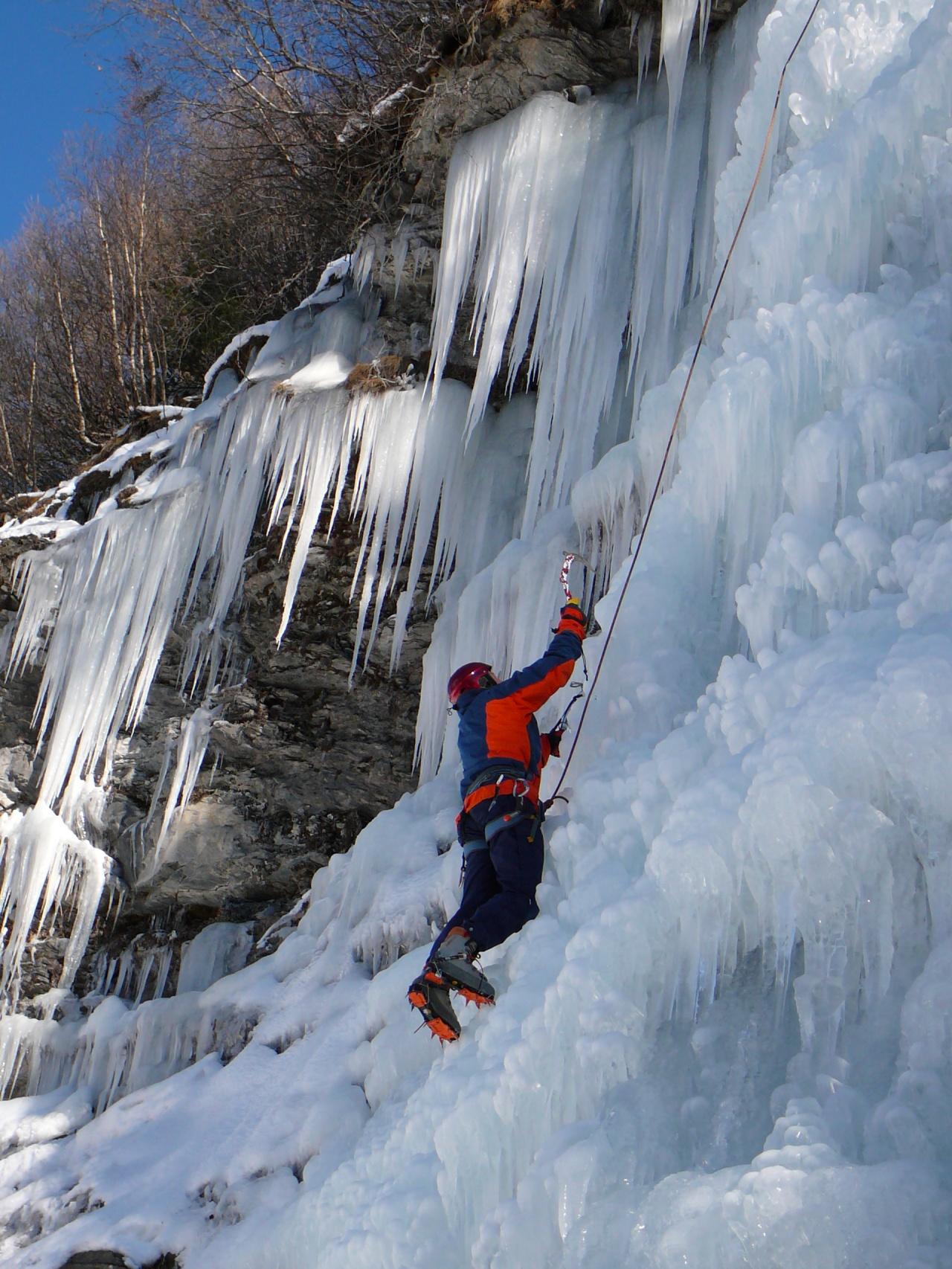 Ice cascade in Val d'Hérens