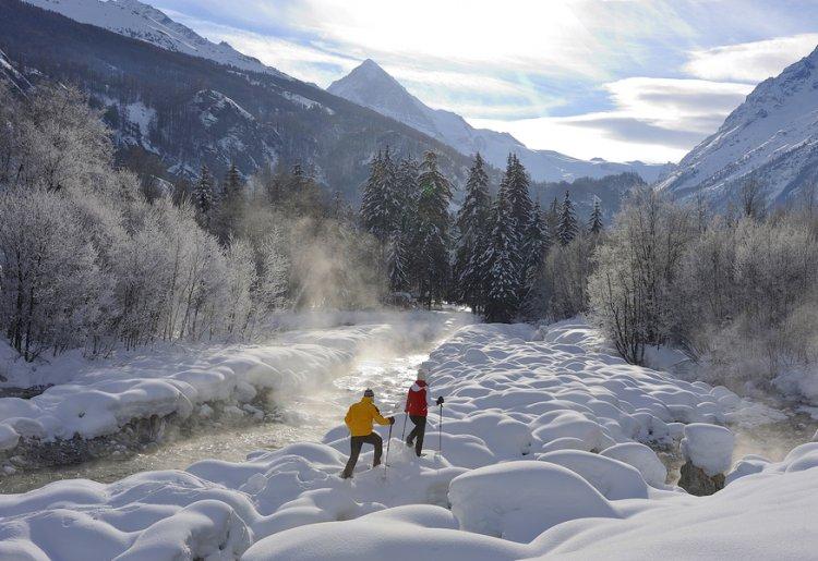 Ski touring and freeride